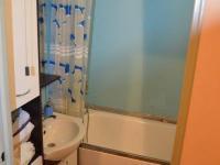 Koupelna - Prodej bytu 4+1 v osobním vlastnictví 68 m², Čelákovice