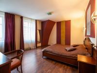 Ložnice - Prodej penzionu 736 m², Karlovy Vary