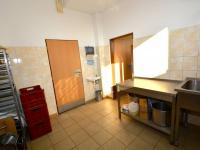 Pronájem komerčního prostoru (skladovací) v osobním vlastnictví, 300 m2, Praha 9 - Horní Počernice