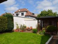 Zahrada - Prodej domu v osobním vlastnictví 269 m², Praha 9 - Horní Počernice