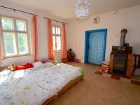 Pokoj - Prodej domu v osobním vlastnictví 300 m², Kuks