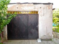 Garáž - Prodej domu v osobním vlastnictví 260 m², Přezletice