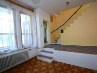 Schodiště - Prodej domu v osobním vlastnictví 260 m², Přezletice
