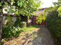 Druhý vjezd - Prodej domu v osobním vlastnictví 260 m², Přezletice