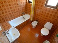Koupelna - Prodej domu v osobním vlastnictví 260 m², Přezletice