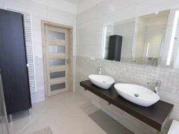 Pronájem bytu 3+1 v osobním vlastnictví, 103 m2, Praha 2 - Vinohrady