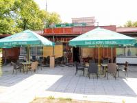 vstup - Pronájem restaurace 350 m², Šestajovice