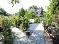 dlážděné chodníky - Pronájem pozemku 835 m², Praha 9 - Klánovice