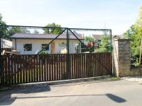 zadní vjezd - Pronájem pozemku 835 m², Praha 9 - Klánovice