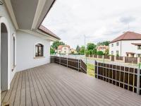 terasa - Pronájem kancelářských prostor 144 m², Praha 9 - Újezd nad Lesy