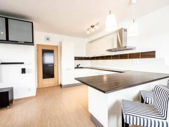 Pronájem bytu 2+kk v osobním vlastnictví 53 m², Praha 10 - Dubeč
