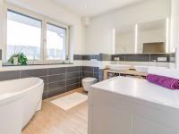 Prodej domu v osobním vlastnictví, 188 m2, Praha 9 - Hrdlořezy