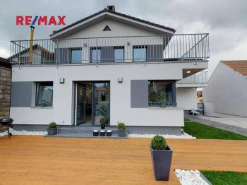 Prodej domu v osobním vlastnictví 300 m², Stříbrná Skalice