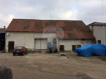 Pronájem komerčního objektu 170 m², Šestajovice
