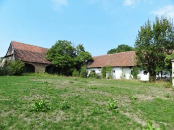 Prodej bytu v osobním vlastnictví, 790 m2, Moravany