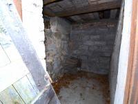 Sklep - Prodej domu v osobním vlastnictví 120 m², Zvoleněves