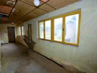 Chodba - Prodej domu v osobním vlastnictví 120 m², Zvoleněves