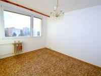 Pokoj - Prodej bytu 3+1 v osobním vlastnictví 80 m², Praha 10 - Hostivař