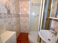 Koupelna - Prodej bytu 3+1 v osobním vlastnictví 80 m², Praha 10 - Hostivař
