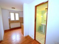Vstup do koupelny - Prodej domu v osobním vlastnictví 135 m², Štětí