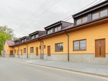 Prodej bytu 3+kk, 80 m2, Květnice