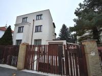 Prodej bytu 4+1 v osobním vlastnictví 130 m², Praha 6 - Ruzyně