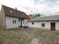 Prodej domu v osobním vlastnictví 150 m², Hostivice