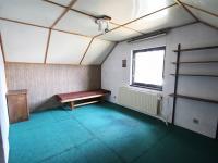 místost v podkroví (Prodej domu v osobním vlastnictví 200 m², Hořovice)