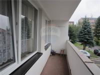 lodžie (Pronájem bytu 2+kk v osobním vlastnictví 40 m², Komárov)