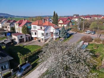 Prodej domu v osobním vlastnictví 214 m², Zdice