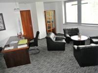 kancelář (Pronájem komerčního objektu 340 m², Ostrava)