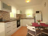 kuchyně (Prodej chaty / chalupy 82 m², Frýdek-Místek)