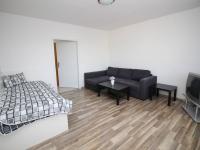 pokoj (Pronájem bytu 1+1 v osobním vlastnictví 38 m², Příbor)