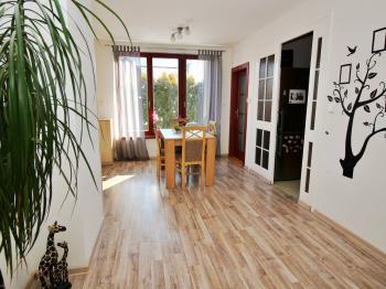 Jídelna - Prodej domu v osobním vlastnictví 250 m², Vítkov