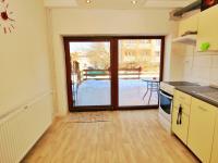 kuchyň dole - Prodej domu v osobním vlastnictví 250 m², Vítkov