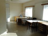 kancelář v budově č. 2 (Pronájem komerčního objektu 1166 m², Pelhřimov)