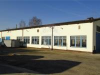 výrobní hala 913 m2 (Pronájem komerčního objektu 1166 m², Pelhřimov)
