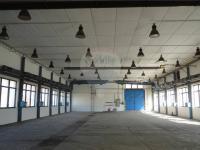 vnitřní prostory výrobní haly (Pronájem komerčního objektu 1166 m², Pelhřimov)