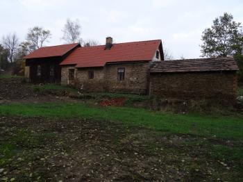 pohled ze zahrady - Prodej domu v osobním vlastnictví 53 m², Onšov