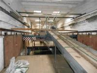 Dopravníky k třídícím linkám (Prodej zemědělského objektu 4000 m², Vokov)