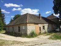 Prodej komerčního objektu 235 m², Černovice