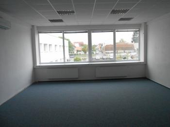 Pronájem kancelářských prostor 138 m², Brno