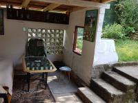 venkovní kryté sezení - Prodej chaty / chalupy 80 m², Kamenný Přívoz