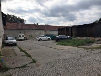 Prodej komerčního objektu 500 m², Žiželice