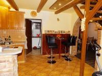 Prodej domu v osobním vlastnictví 140 m², Borkovany