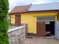 Prodej komerčního objektu 816 m², Jesenec