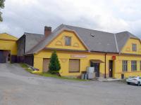 Hospoda a obchod (Prodej komerčního objektu 2330 m², Jesenec)