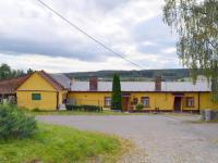 Obytná část (Prodej komerčního objektu 2330 m², Jesenec)