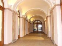 vstup do domu (Pronájem bytu 4+kk v osobním vlastnictví 198 m², Olomouc)