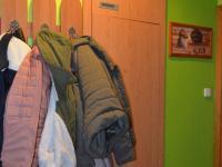 Věšák s vest. skříní (Prodej bytu 3+kk v osobním vlastnictví 74 m², Olomouc)